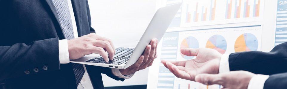 Web制作会社の探し方 個別依頼と一括見積サイト どちらが便利?